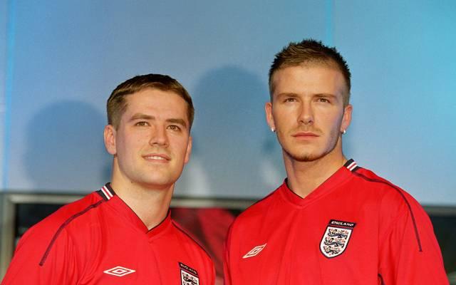 Michael Owen (l.) spricht in seiner Autobiographie auch über die Beziehung zu David Beckham