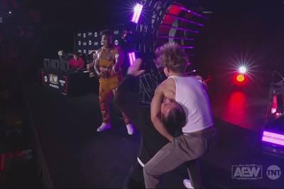 AEW Dynamite bot vor der Mega-Show aus New York City mehrere große Matchankündigungen und eine Abreibung für CM Punk.