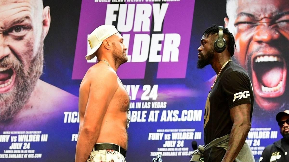 Kampf verschoben: Tyson Fury (l.) hat Corona