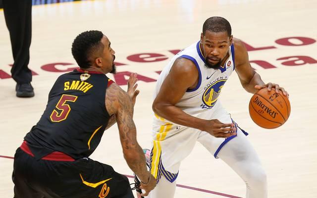 Kevin Durant geht weiter für die Golden State Warriors auf Korbjagd