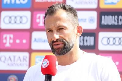 Hasan Salihamidzic macht in dieser Saison mit klaren Meinungen in Interviews auf sich aufmerksam. Das hat Gründe.
