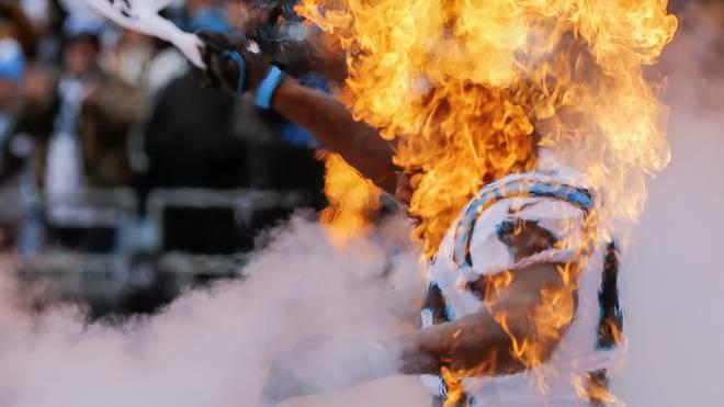 Thomas Davis von den Carolina Panthers tritt mit gebrochenem Arm zum Super Bowl an Denver Broncos