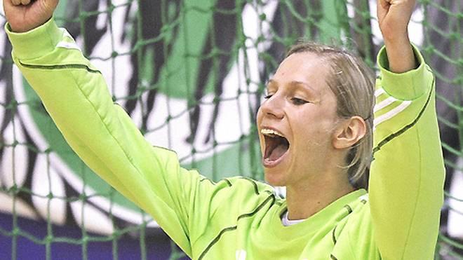 Katja Schülke (30): Im Dezember 2013 bringt die Keeperin des HC Leipzig ihren Sohn zur Welt. Bereits im Sommer kehrt sie nach der Babypause wieder auf die Platte zurück - sehr zur Freudes des HCL
