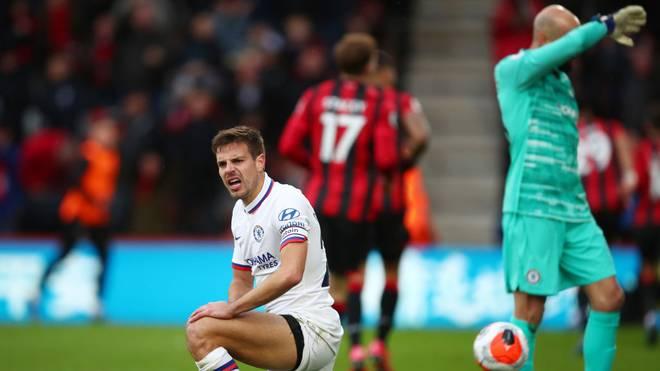 Cesar Azpilicueta (l.) und der FC Chelsea verpassen den Sieg gegen den AFC Bournemouth