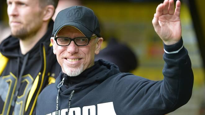 BVB-Trainer Peter Stöger kämpft mit Borussia Dortmund gegen den FC Salzburg um den Einzug ins Viertelfinale der UEFA Europa League