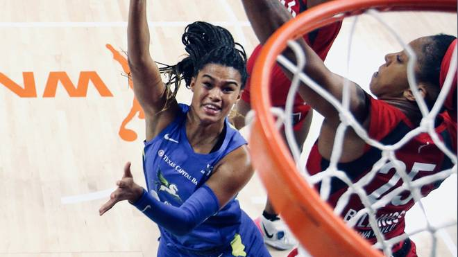 Satou Sabally gelang ein Double-Double für die Dallas Wings