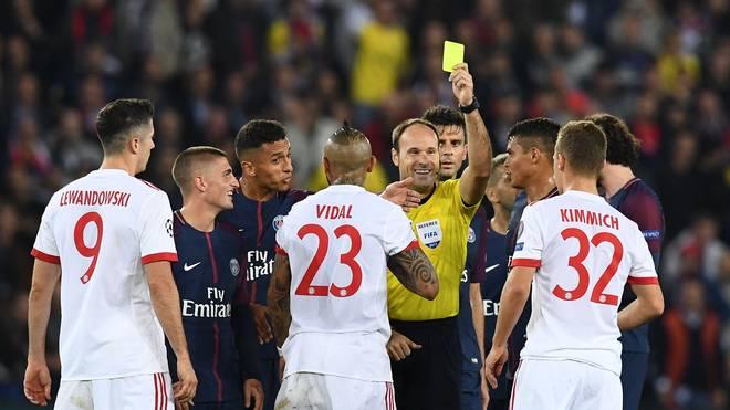 Champions League: Spanier Lahoz pfeift Bayern-Spiel in Lissabon, Der spanische Schiedsrichter Antonio Mateu Lahoz pfiff das Bayern-Spiel bei PSG