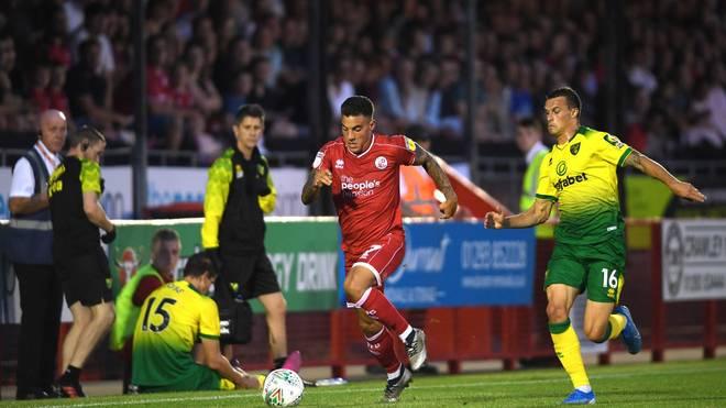 Philip Heise (r.) wird von Norwich City an den 1. FC Nürnberg ausgeliehen