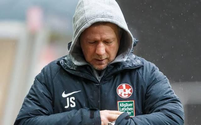Jeff Saibene steckt mit dem 1. FC Kaiserslautern im Abstiegskampf der 3. Liga