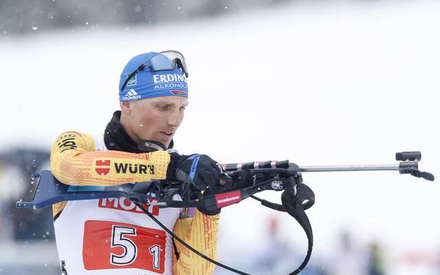 Erik Lesser erwischte bei der Biathlon-WM als deutscher Startläufer in der Mixed-Staffel einen gebrauchten Tag