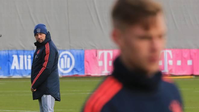 Hansi Flick wünscht sich einen weiteren Rechtsverteidiger beim FC Bayern