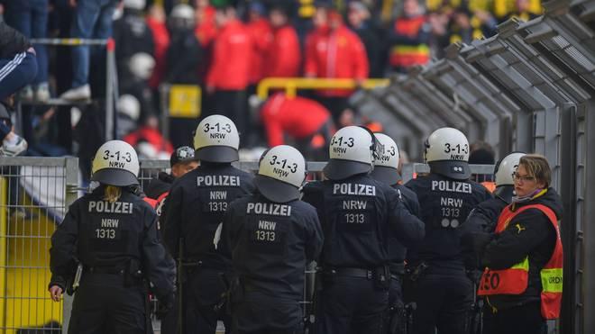 Im Streit um die Polizeikosten bei Risikospielen gibt es noch keine Entscheidung