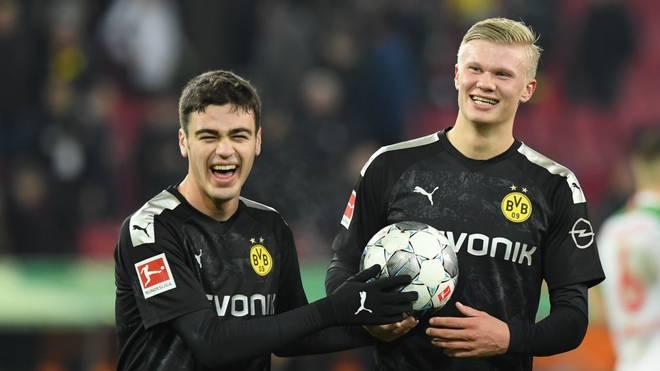 Giovanni Reyna (l.) und Erling Haaland spielen gemeinsam bei Borussia Dortmund