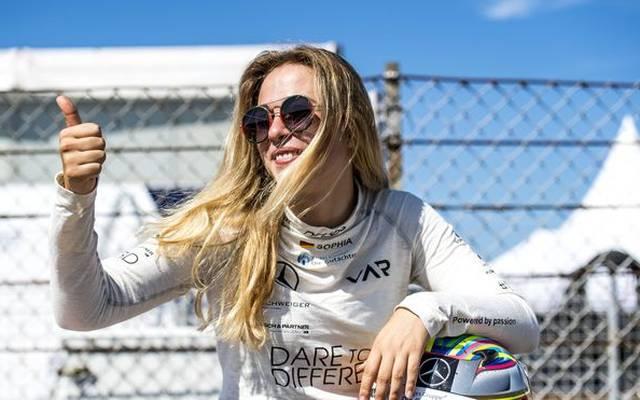 Sophia Flörsch hat einen festen Startplatz in der Formel 3 erhalten