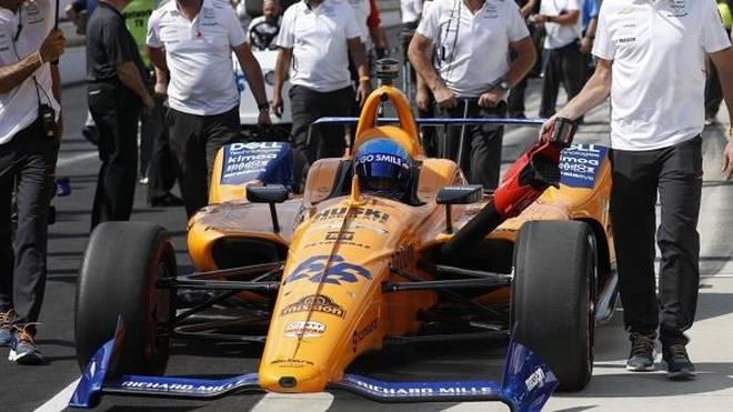 Hat McLaren beim ersten Indy-Test das Lenkrad vergessen? Nicht so ganz...