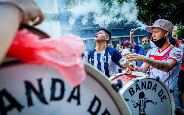 In Argentinien versammelten sich die Menschen zum trauern