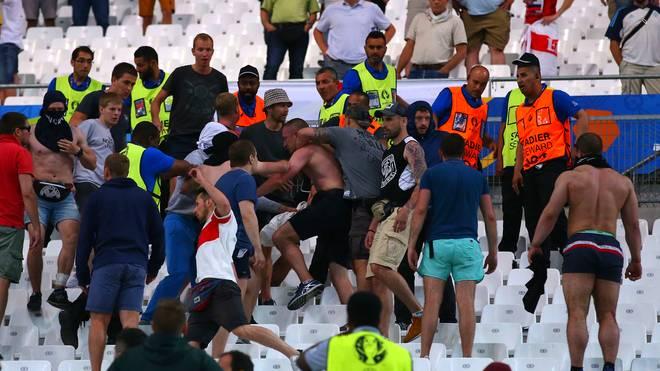 Russische und englische Fans gerieten in Marseille aneinander