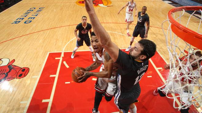 Derrick Rose von den Chicago Bulls gegen die Golden State Warriors