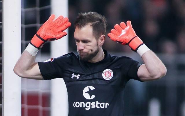 Der FC St. Pauli und Torhüter Robin Himmelmann gehen nach achteinhalb Jahren getrennte Wege
