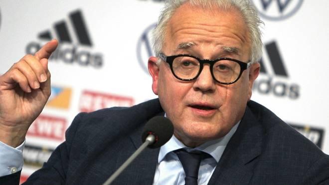 Fritz Keller macht sich für Frauen im Fußball stark