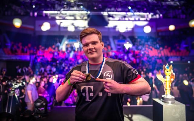Jenax gewinnt in Neu-Ulm die League of Legends Premier Tour im eins gegen eins
