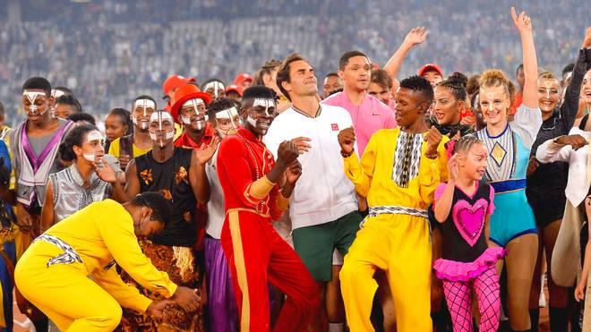Roger Federer hatte beim Tanzen nach der Partie augenscheinlich Spaß