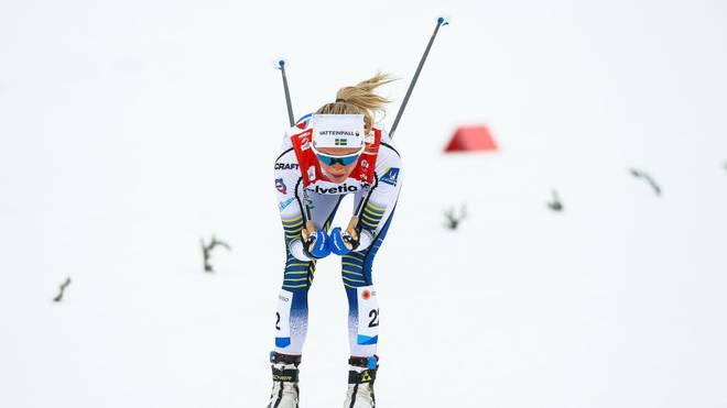 Frida Karlsson hat den Massenstart über 30 Kilometer gewonnen