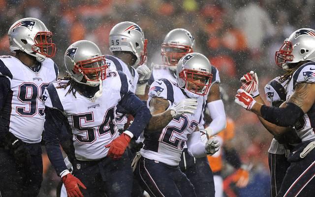 Dont'a Hightower (Nummer 54) und Patrick Chung (23) fehlen den New England Patriots in der kommenden Saison