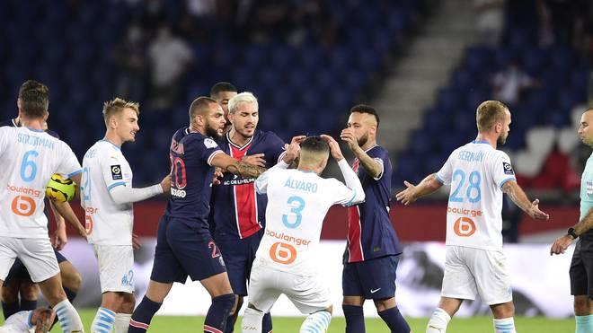 Neymar schlug Alvaro im Skandalspiel auf den Hinterkopf