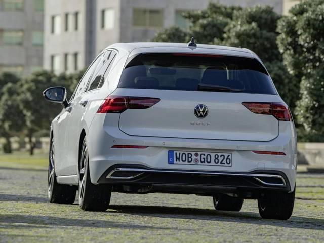 Auch beim Golf 8 setzt VW auf attraktive Preise: Als Basismodell mit 66 kW/90 PS wird der Neue knapp 20.000 Euro kosten