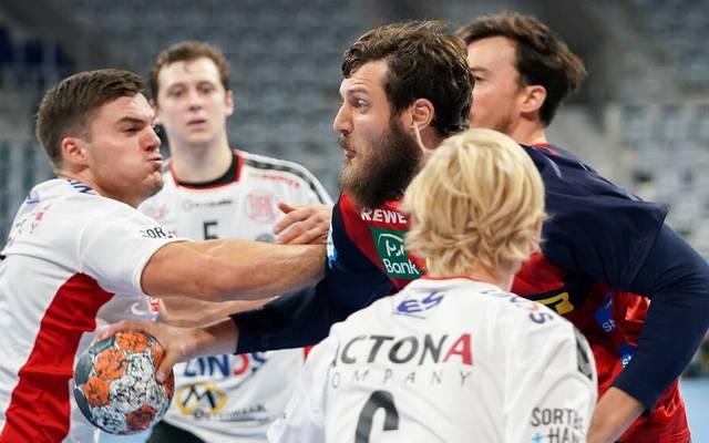 EHF: Löwen erreichen Gruppenphase