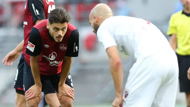 Konstantinos Mavropanos schließt sich dem VfB für eine Saison an