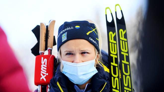 Während eines Interviews liefen Schwedens Langlauf-Star Frida Karlsson Tränen über die Wange