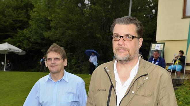 Versehentlich noch im Amt: Heinz Schmidt (l.), Vize des zurückgetretenen Gerhard Mayrhofer