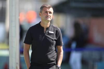 Nächste Corona-Kehrtwende: Michael Köllner darf im Drittliga-Spiel seines TSV 1860 München beim Halleschen FC nun doch nicht an der Seitenlinie stehen.