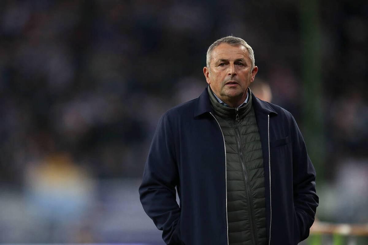Über viele Jahre war Klaus Allofs mit seinen Klubs ein wesentlicher Konkurrent von Bayern München im Meisterkampf. Im Gespräch mit SPORT1 äußert sich der Vorstand von Fortuna Düsseldorf zum aktuellen Meisterkampf und zur Lage der Nationalmannschaft.