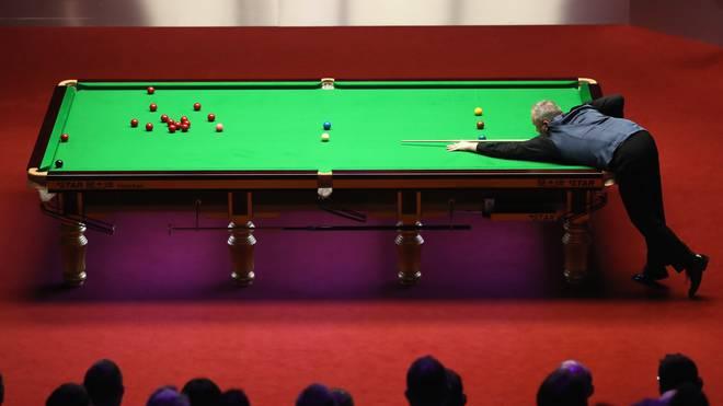World Snooker Championship - Day Seventeen Aufgrund der Tischmaße muss ein Snooker-Spieler ein gutes Auge und Ballgefühl haben