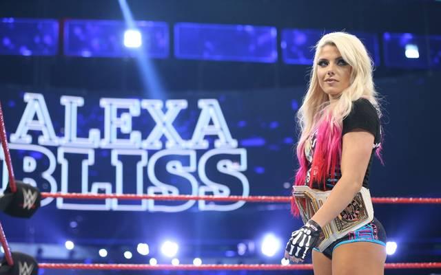 Alexa Bliss ist amtierender Damenchampion bei WWE Monday Night RAW