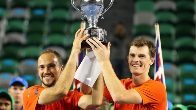 Jamie Murray (r.) gewann zusammen mit Bruno Soares