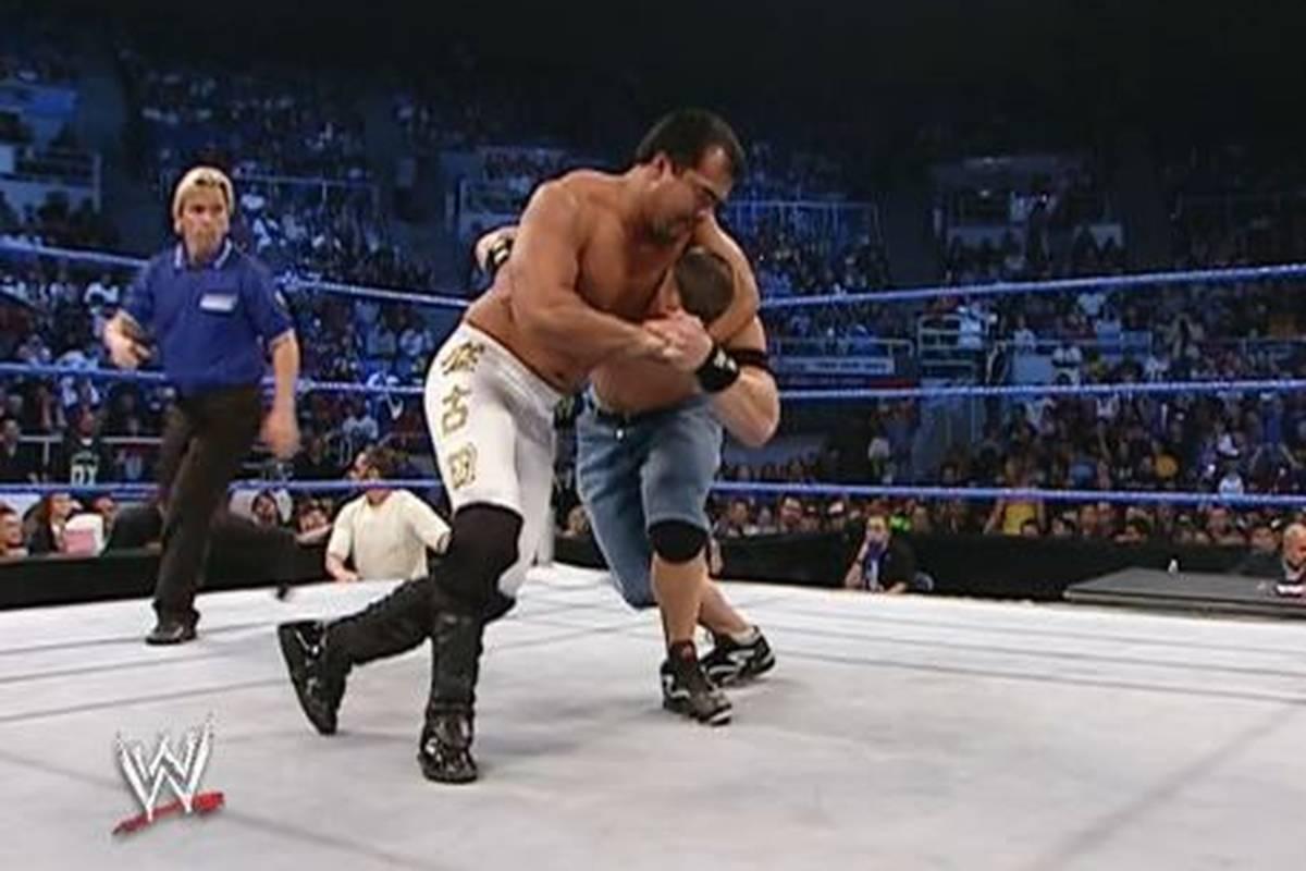 Ryan Sakoda, Ex-WWE-Wrestler und Weggefährte von Superstar John Cena, ist tot. Wie erst jetzt bekannt wird, starb er schon Anfang September mit nur 48 Jahren.
