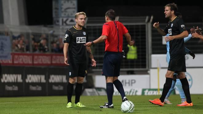 Nils Butzen (l.) wird dem 1. FC Magdeburg zwei Spiele fehlen