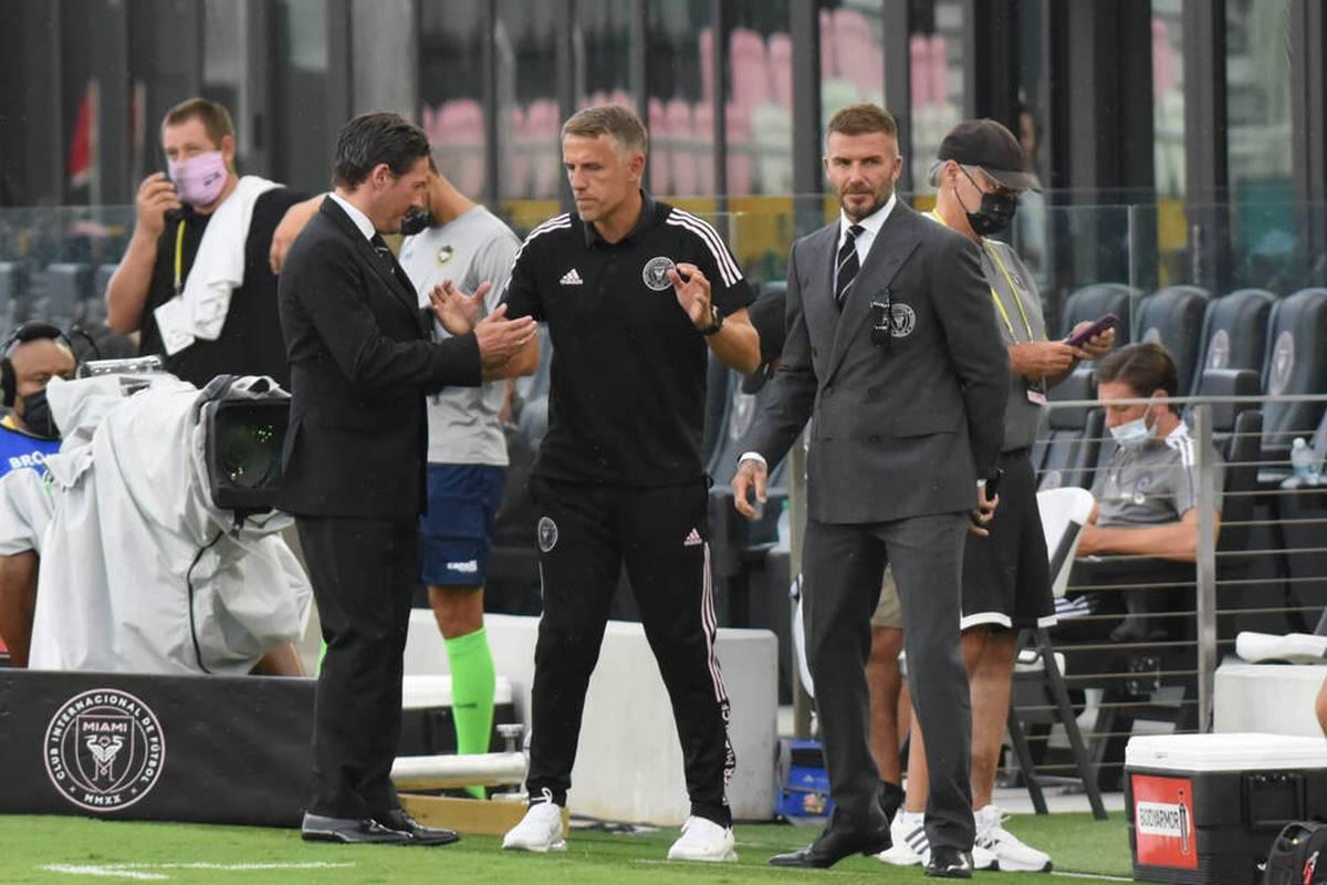 David Beckhams Inter Miami droht das vorzeitige Saisonaus in der MLS. Trainer Phil Neville wittert angesichts jüngster Vorkommnisse eine Verschwörung.