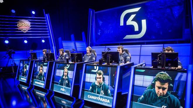 Noch 2015 trat SK Gaming in der EU LCS an. Im Frühjahr 2016 erfolgte dann die Auflösung des Teams
