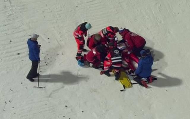 Denis Kornilov stürzte beim Skisprung-Weltcup in Wisla schwer