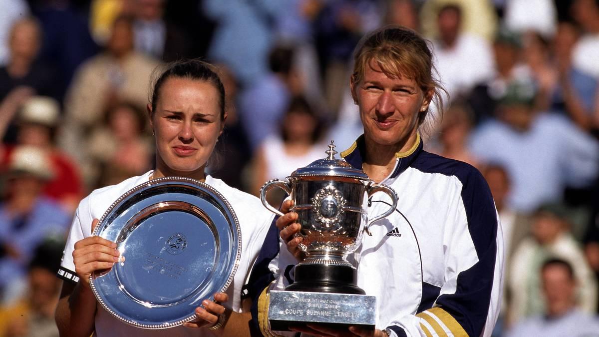Steffi Graf (r.) und Martina Hingis lieferten sich 1999 ein denkwürdiges French-Open-Finale