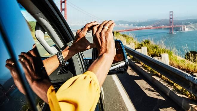 Bei der Fahrt durch die USA ist das Auto für Touristen das perfekte Transportmittel