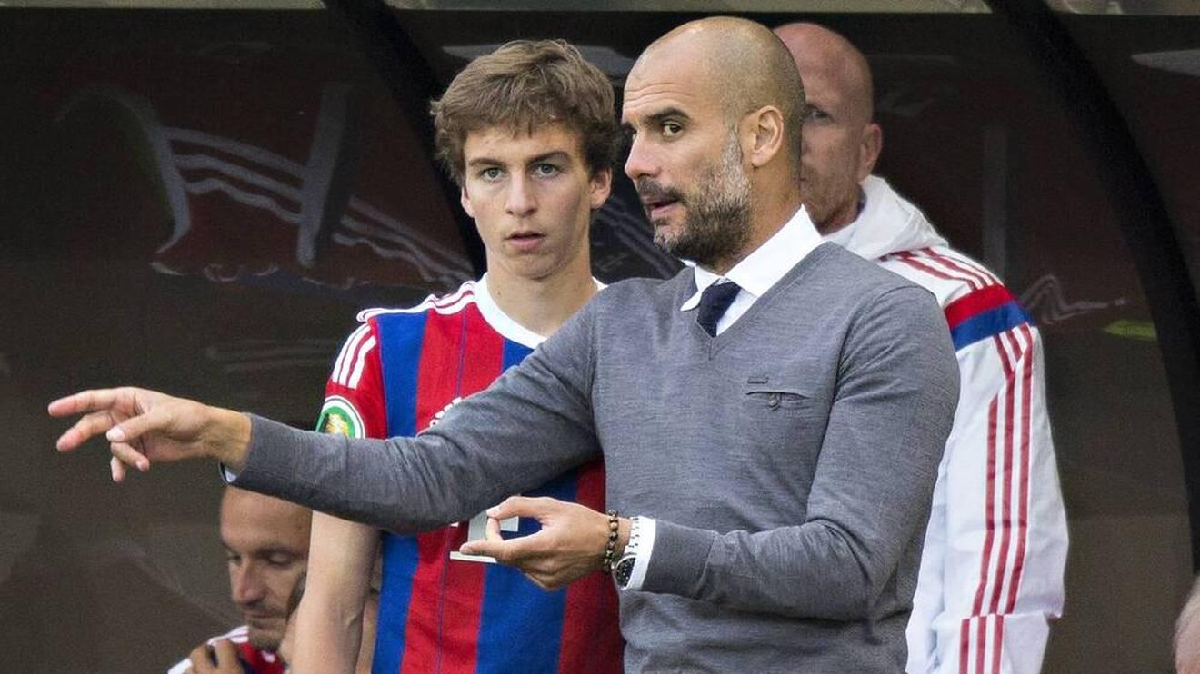 Pep Guardiola (r.) war beim FC Bayern von den Qualitäten von Gianluca Gaudino überzeugt