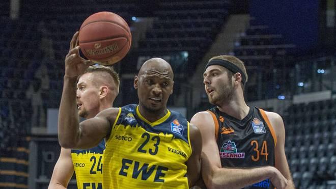Rickey Paulding (l.) ist Urgestein der EWE Baskets Oldenburg