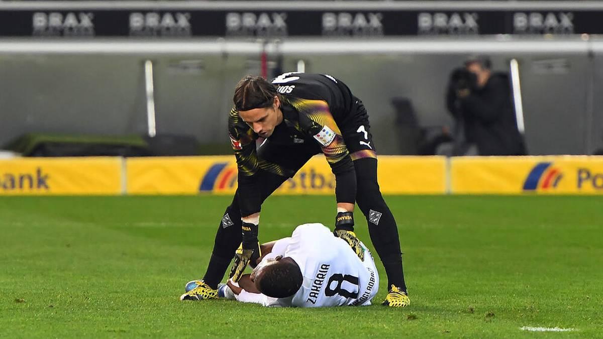Denis Zakaria verletzte sich bei einem Zusammenprall mit Yann Sommer am Knie