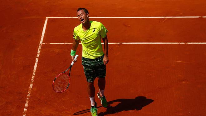 PARIS, FRANCE - MAY 24:  Philipp Kohlschreiber of Germany reacts in his Men's Singles match against Go Soeda of Japan on day one of the 2015 French Open at Roland Garros on May 24, 2015 in Paris, France.  (Photo by Julian Finney/Getty Images)